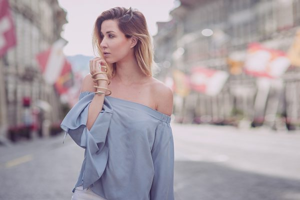 Fashionblog-Fashionblogger-Fashion-Blog-Blogger-Muenchen-Deutschland-Lindarella-The_Outnet-Celine-Bag-Overshoulder-Bluse-5-header