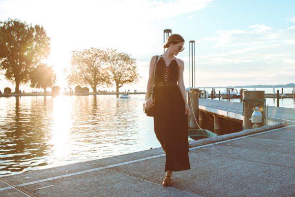 Fashionblog-Fashionblogger-Fashion-Blog-Modeblog-Mode-Muenchen-Deutschland-Lindarella-Chloe_Hudson-Gentle_Monster-Sunglasses-Sonnenbrille-verspiegelt-lila-1