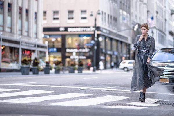 fashionblog-fashionblogger-fashion-blog-blogger-muenchen-deutschland-modeblog-modeblogger-lindarella-silbernes-kleid-gucci-metallic-5