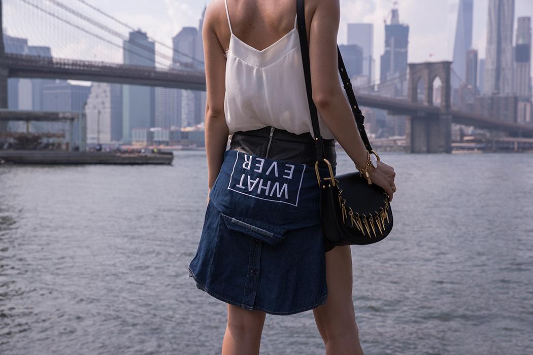 fashionblog-fashionblogger-fashion-blog-blogger-muenchen-deutschland-new-york-fashionweek-lederrock-nieten-chloe-hudson-gentle-monster-sunglasses-schwarz-3