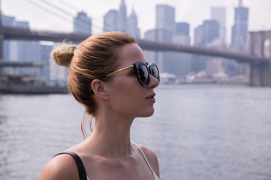 fashionblog-fashionblogger-fashion-blog-blogger-muenchen-deutschland-new-york-fashionweek-lederrock-nieten-chloe-hudson-gentle-monster-sunglasses-schwarz-5