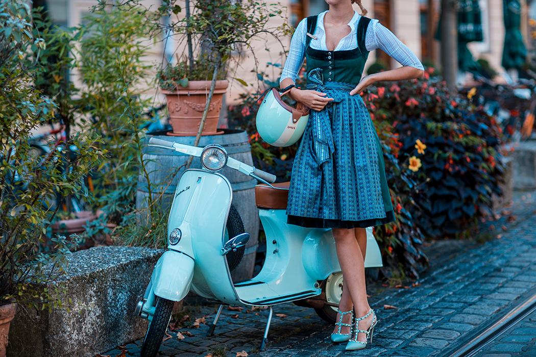fashionblog-fashionblogger-fashion-blog-blogger-modeblog-cocovero-dirndl-oktoberfest-wiesn-helmade-5-web