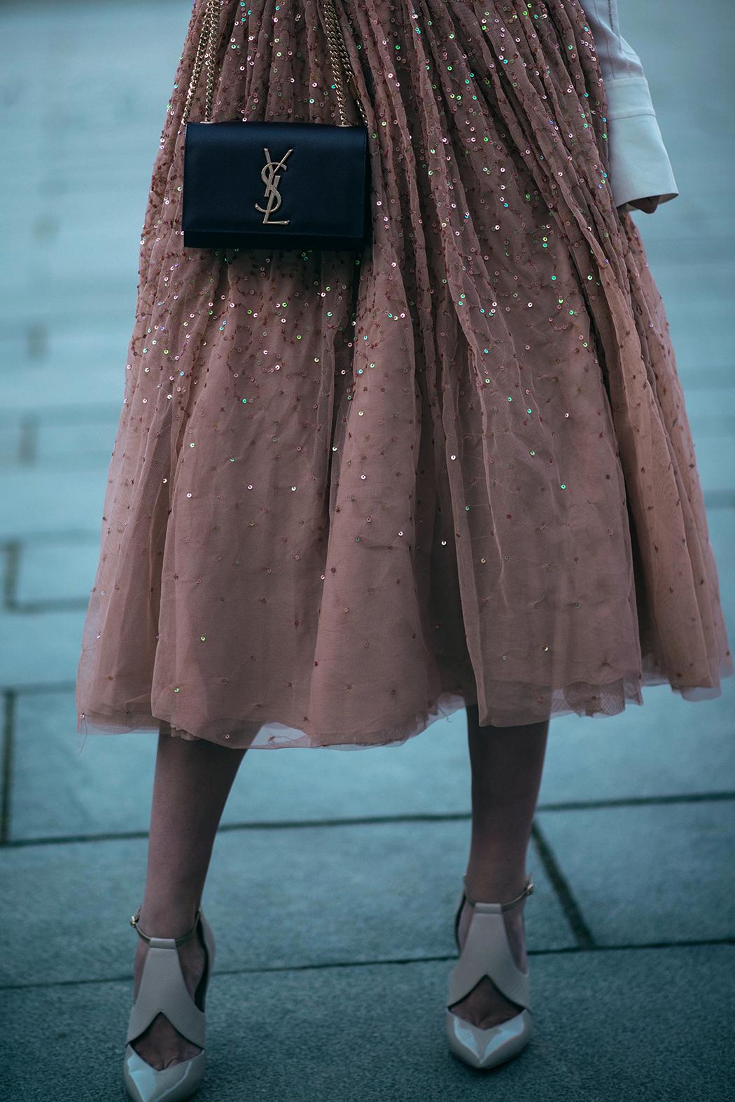 fashionblog-fashionblogger-fashion-blog-blogger-muenchen-munich-paris-paillettenrock-lindarella_04
