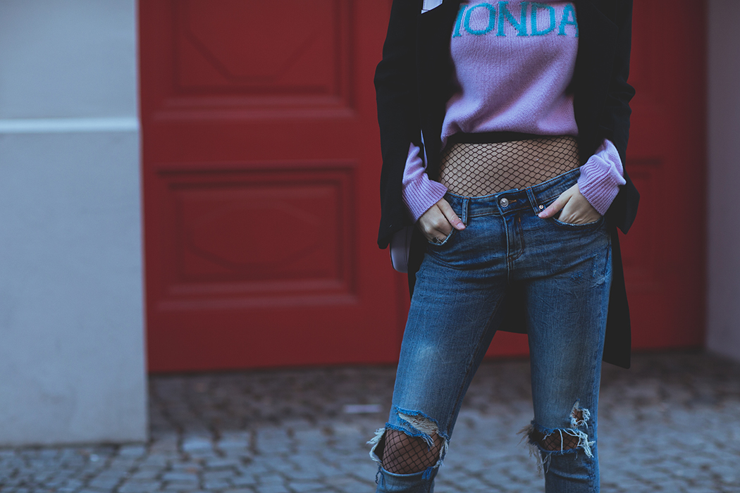 Fashionblog-Fashionblogger-Fashion-Blog-Blogger-Alberta-Ferretti-Monday-Pullover-Lindarella-13-web