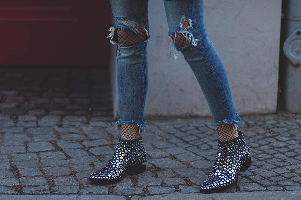 Fashionblog-Fashionblogger-Fashion-Blog-Blogger-Alberta-Ferretti-Monday-Pullover-Lindarella-8-web