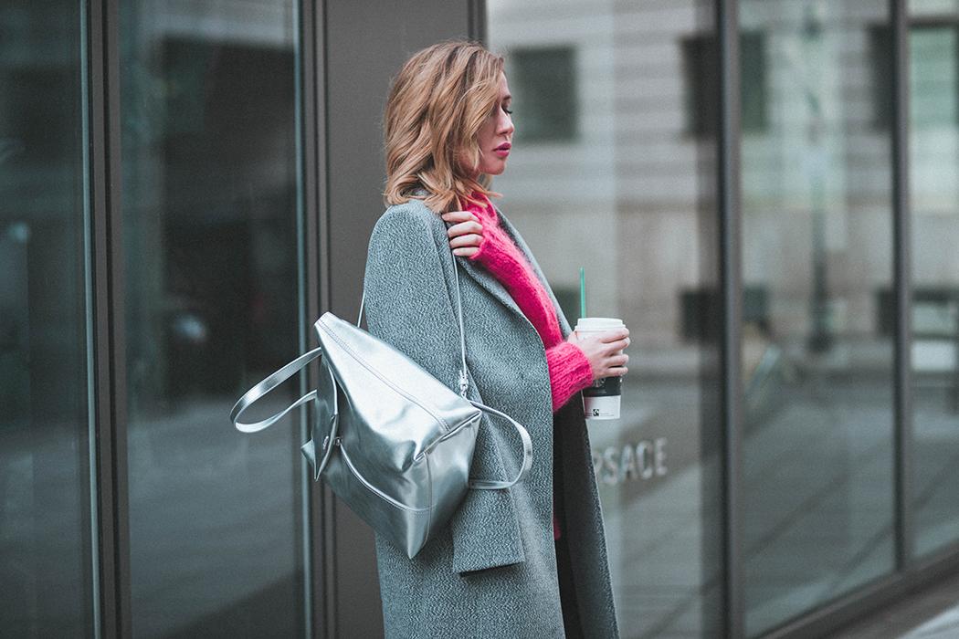 Fashionblog-Fashionblogger-Fashion-Blog-Blogger-Muenchen-Deutschland-Max-and-Co-Rucksack-silber-Lindarella-8-web